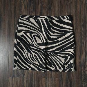 Zebra-like Patterned Mini Skirt